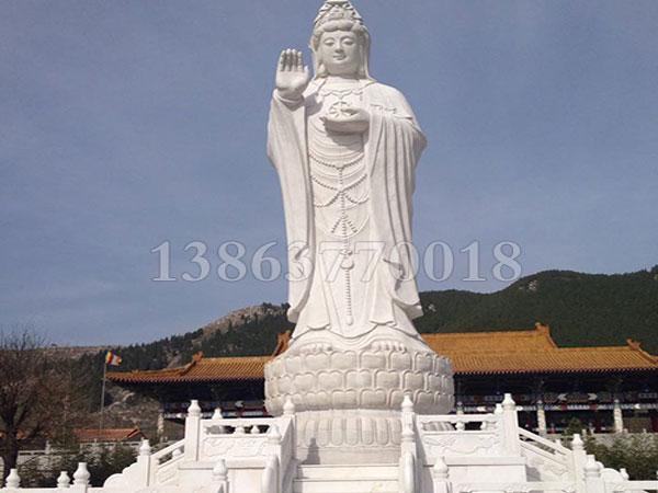 石雕佛像的造型有什么不同